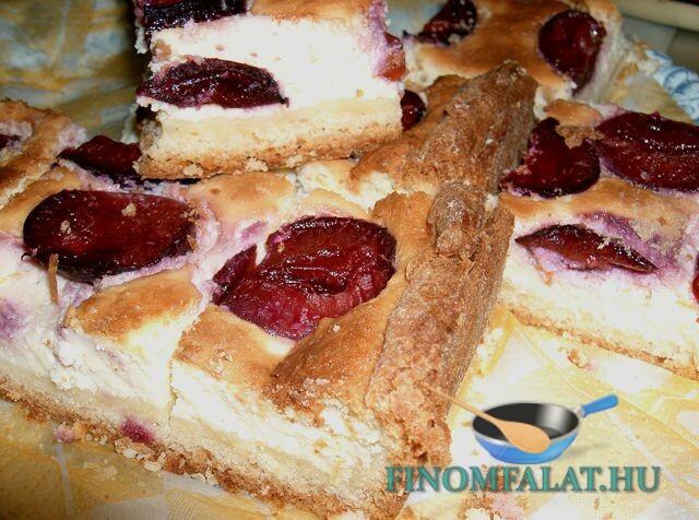 Szilvás túrós süti recept