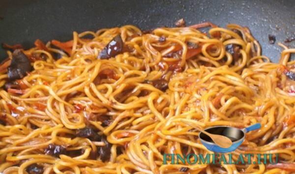 kínai zöldséges pirított tészta recept